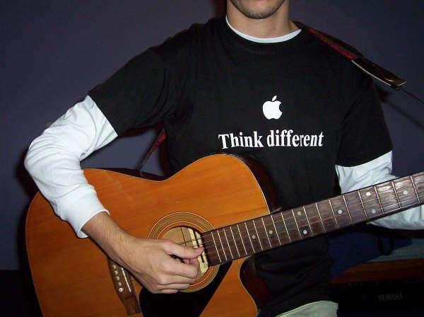 pensar diferente homenaje Steve Jobs Apple